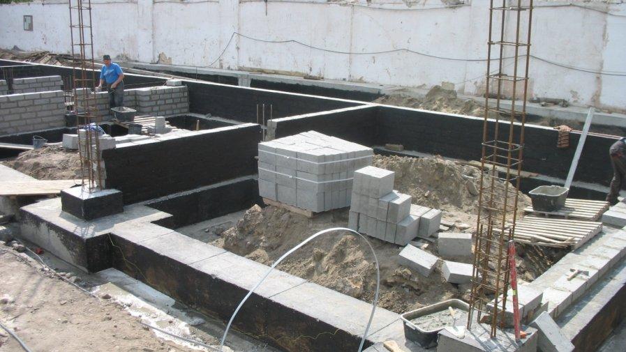 Budowa warsztatów szkolnych w Mroczkowie Gościnnym