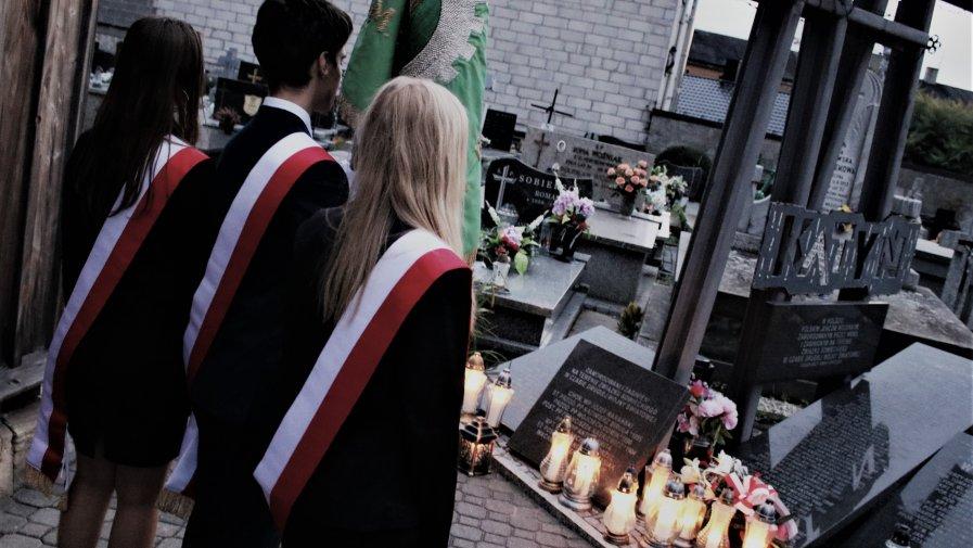 Poruszającym kazaniem podczas mszy świętej rozpoczęły się wczoraj uroczyste obchody pamięci wydarzeń 17-go września.