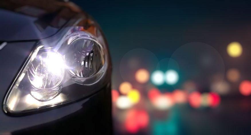 15 i 22 listopada 2019 roku we wszystkich stacjach kontroli pojazdów na terenie powiatu opoczyńskiego będzie można BEZPŁATNIE sprawdzić stan i ustawienie świateł w swoich pojazdach.