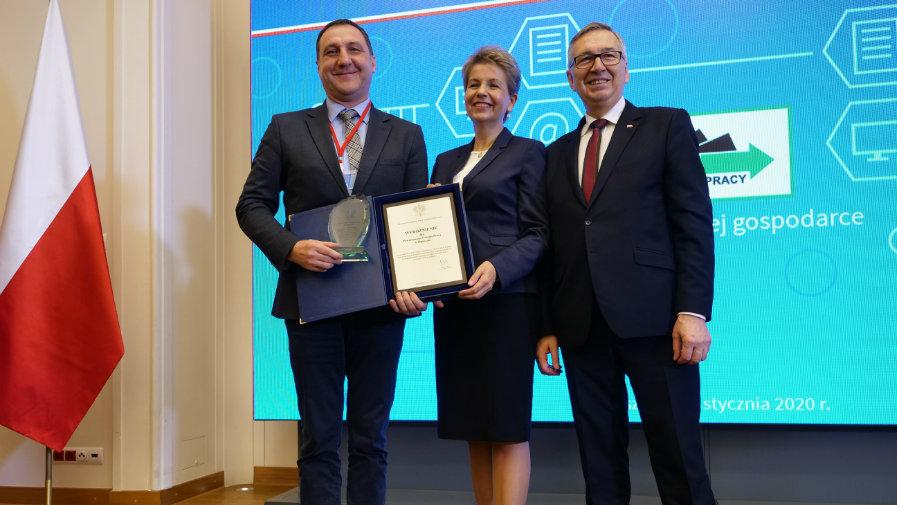 Powiatowy Urząd Pracy w Opocznie ponownie znalazł się w gronie najlepszych urzędów pracy wyróżnionych przez Ministra Rodziny, Pracy i Polityki Społecznej.