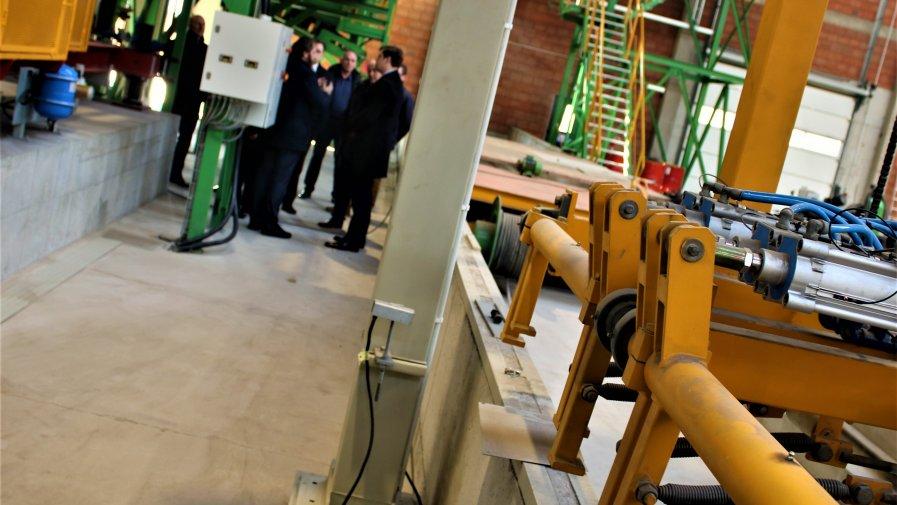 W ostatnim tygodniu fabrykę Firmy ZCB Owczary R.E.R. Stępień odwiedził raz ze Starostą Marcinem Baranowskim, Wojewoda Łódzki Tobiasz Bocheński.