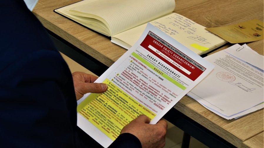 W dniu 28-02-2020 r. tematem konferencji była aktualna sytuacja w rolnictwie oraz podjęte kroki w przeciwdziałaniu wystąpienia wirusa ASF w Powiecie Opoczyńskim.