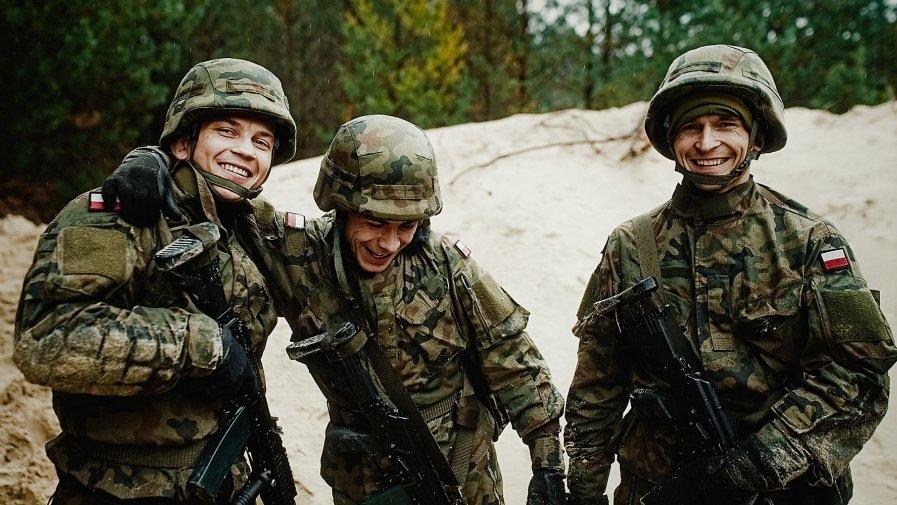 Żołnierze 9 Łódzkiej brygady Wojsk Terytorialnych od miesięcy wspomagali nasz powiat w walce z Koronawirusem.