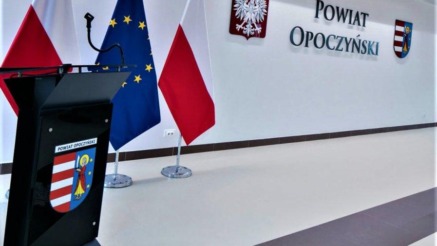Starosta Opoczyński Marcin Baranowski zwołał wczoraj (09 czerwca br.) wspólne posiedzenie Komisji Bezpieczeństwa i Porządku oraz Powiatowego Zespołu Zarządzania Kryzysowego.