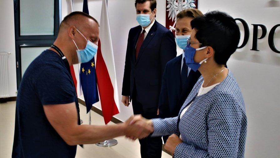 Tobiasz Bocheński złożył osobiste podziękowanie osobom i instytucjom zaangażowanym w walkę z zagrożeniem epidemiologicznym.