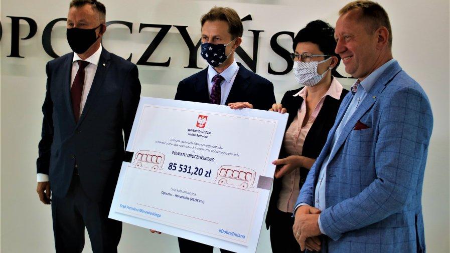 377 381,16 zł. – tyle wynosi łączna dotacja na utworzenie nowych połączeń autobusowych na terenie Powiatu Opoczyńskiego.