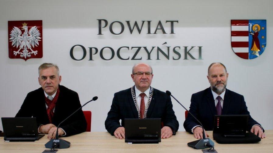 XXII Nadzwyczajna Sesja Rady Powiatu Opoczyńskiego