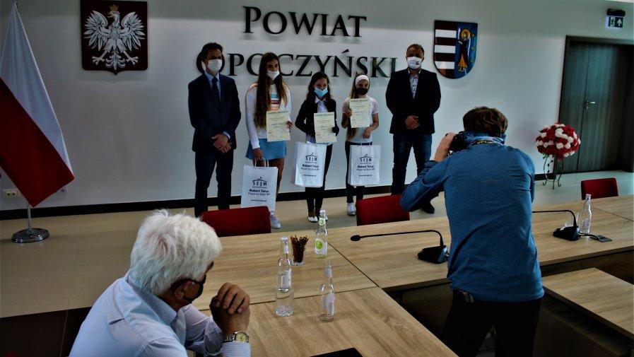 Konkurs dotyczący koronawirusa Poradnia ogłosiła na początku maja. Głównym celem było złagodzenie stresu związanego z pandemią.