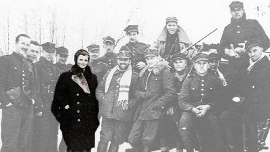 """Pamięć o Hubalczykach nie przeminęła. W październiku jest organizowane wydarzenie poświęcone postaciom majora Henryka Dobrzańskiego """"Hubala"""" oraz Marianny Cel ps. """"Tereska""""."""